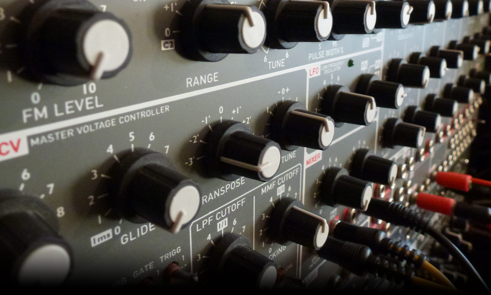 SYNTHBLOG - elektronischer Klang